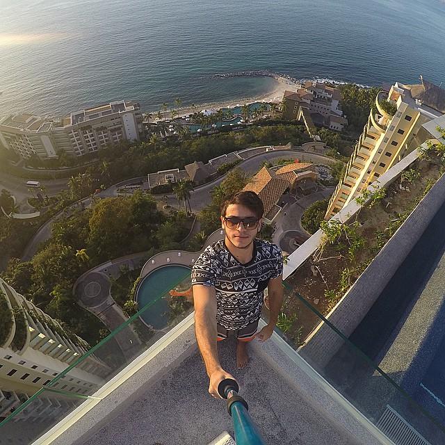 selfie-rooftop