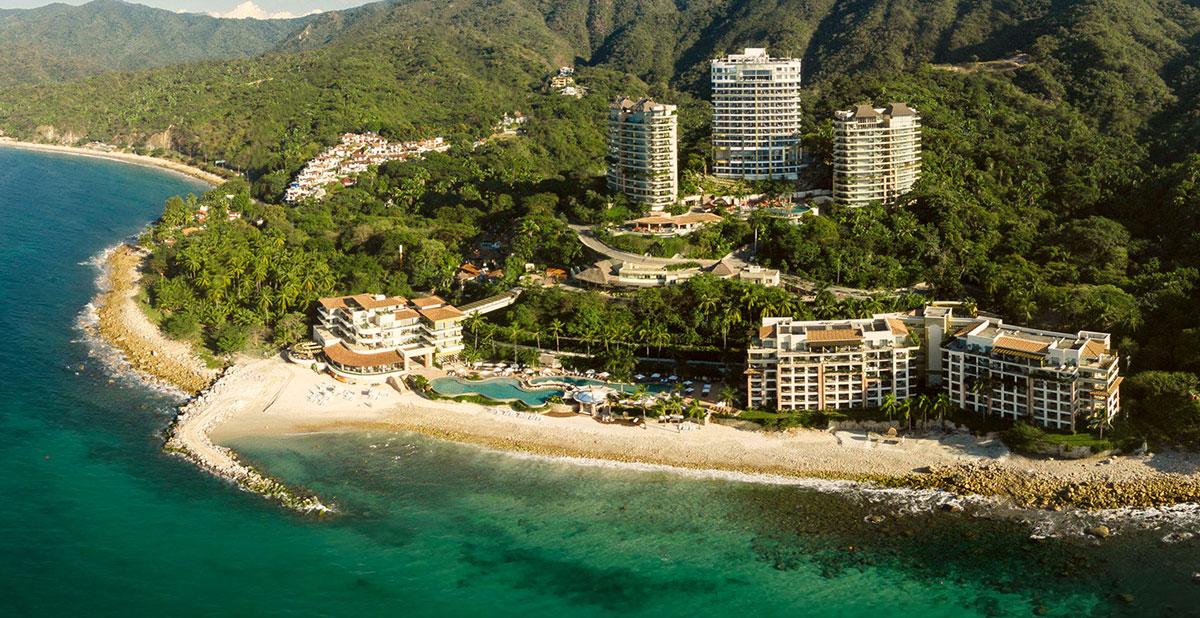 Stunning Breakwater For Hotel Mousai S Beach In Puerto Vallarta