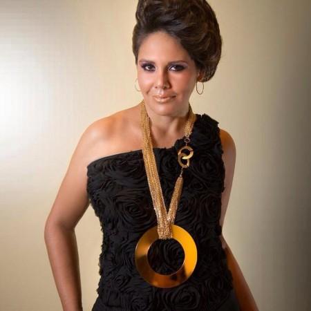 Aline Moreno