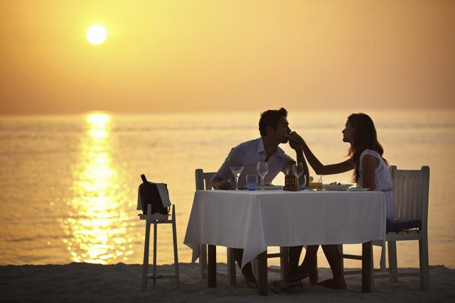 Barefoot Dinner – A Romantic Evening for Two