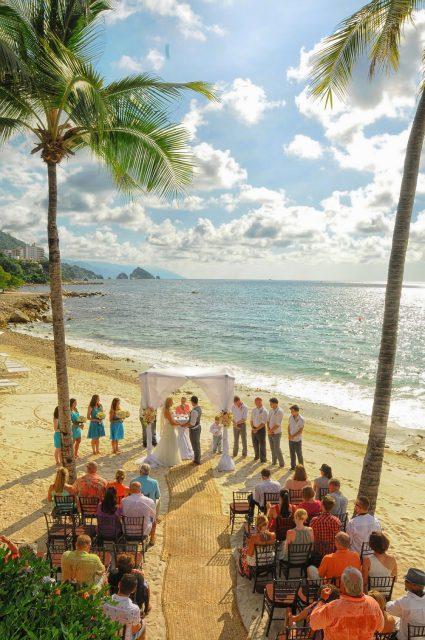 Wedding Venue Easy to Decorate