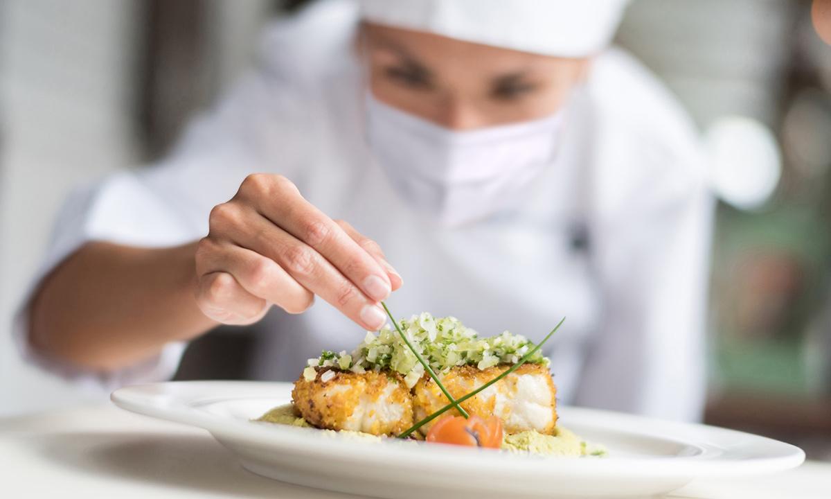 private chef at hotel mousai