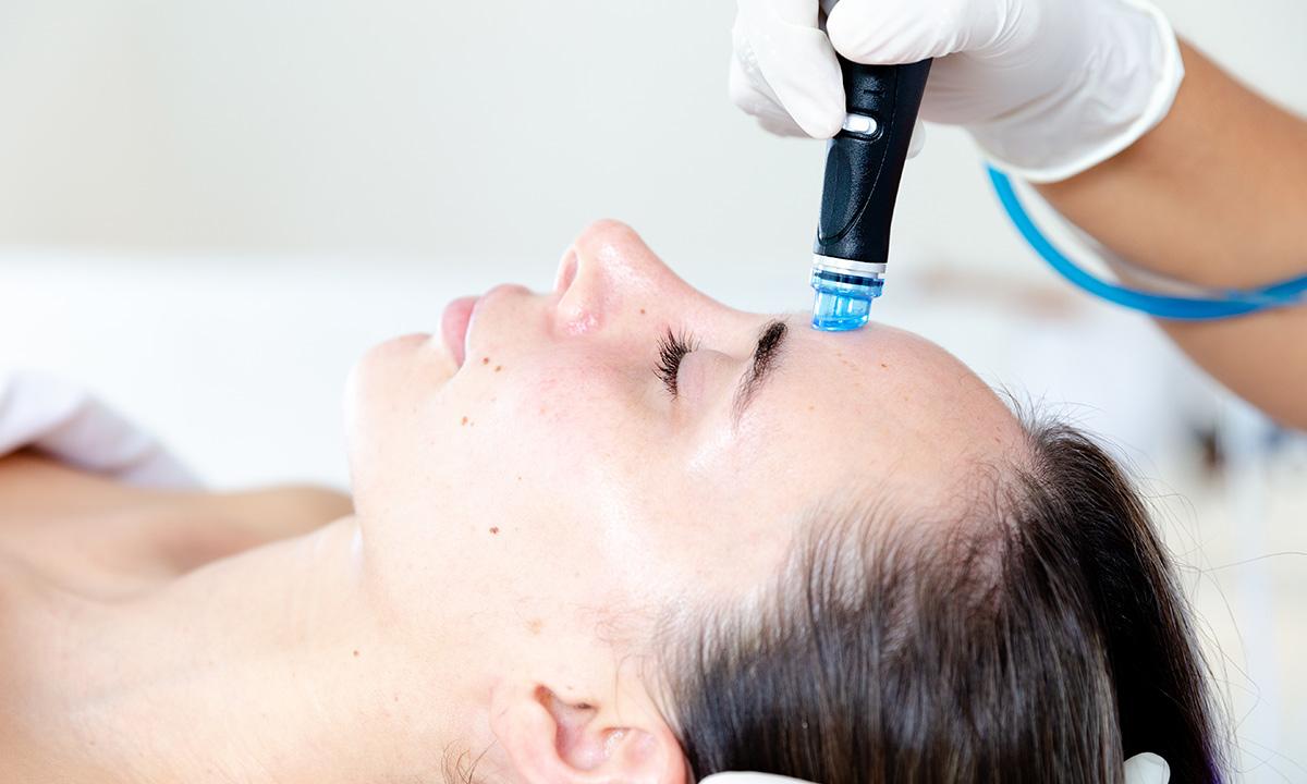 hydrafacial-therapy-at-spa-imagine