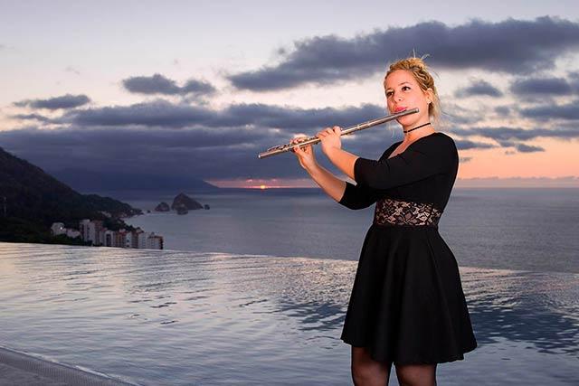 Claudia Madera Neyra - Flute